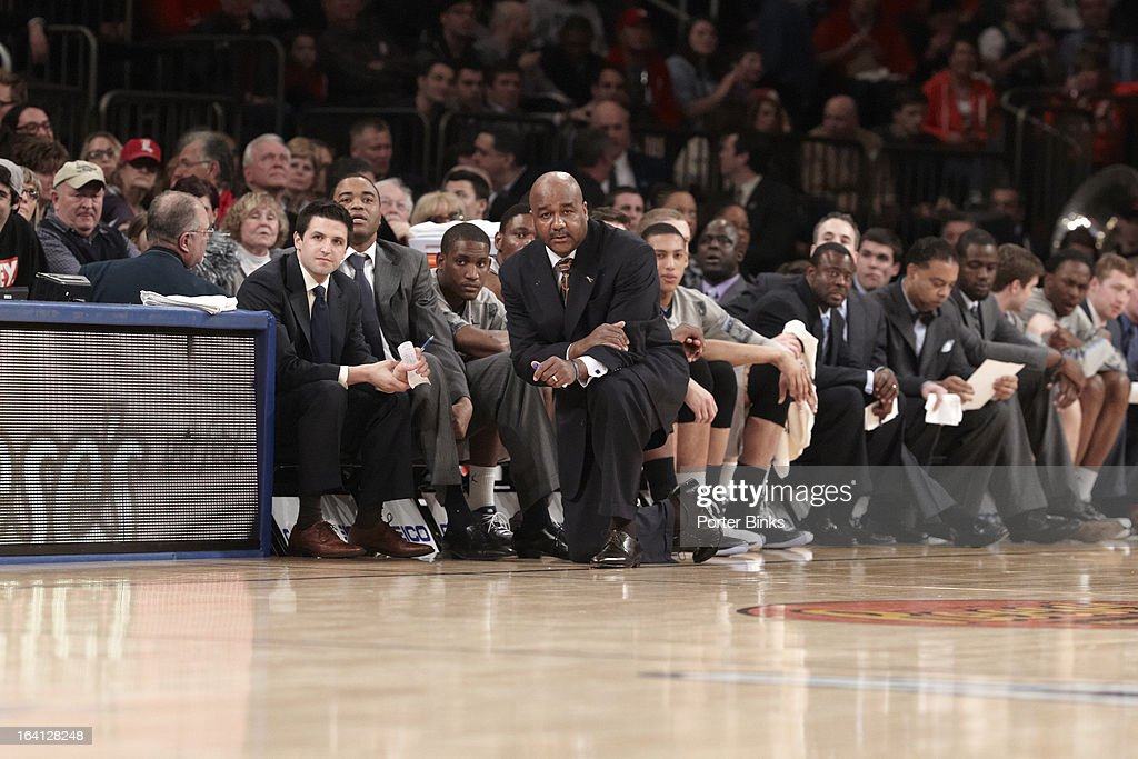 Georgetown coach John Thompson III on sidelines during Semifinal game vs Syracuse at Madison Square Garden. Porter Binks F39 )