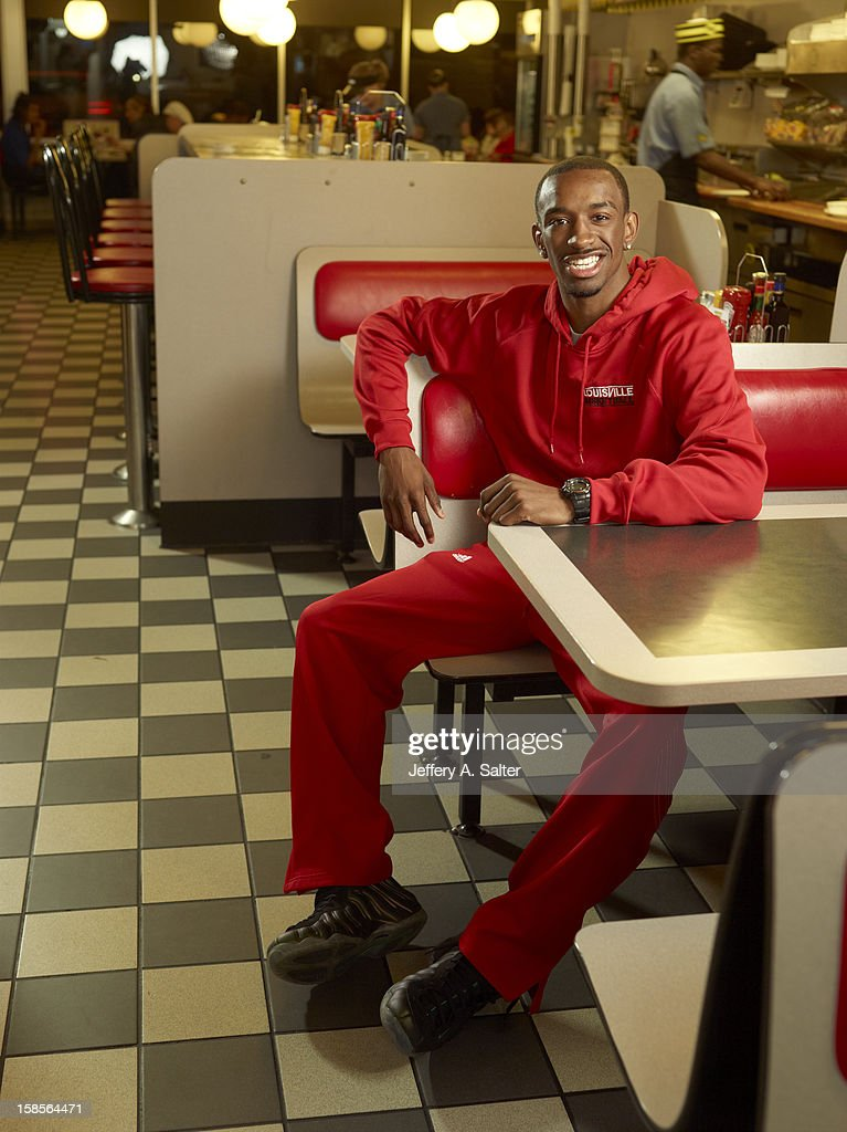 Casual portrait of Louisville Russ Smith posing during photo shoot at Waffle House on 4706 Preston Highway. Jeffery A. Salter F42 )