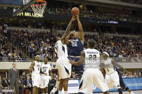 Georgetown Julian Vaughn in action vs Pittsburgh Pittsburgh PA 1/20/2010 CREDIT Fred Vuich
