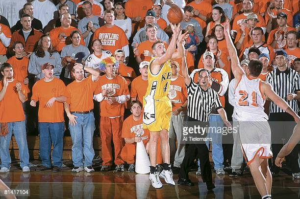 College Basketball Kent Nate Meers in action taking shot vs Bowling Green Dave Esterkamp Bowling Green OH 2/16/2000