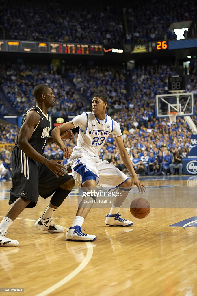Kentucky Anthony Davis (23) in action vs Vanderbilt at Rupp Arena. David E. Klutho F28 )