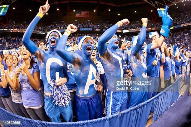 Rupp Arena Rafters Getting Painted Blue: University Of Kentucky Fotografías E Imágenes De Stock