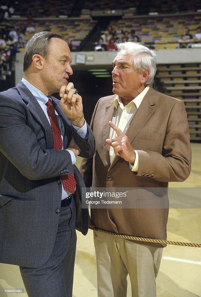 Louisiana State coach Dale Brown talking with former Governor and LSU Board of Supervisors John McKeithen at LSU Assembly Center. Baton Rouge, LA