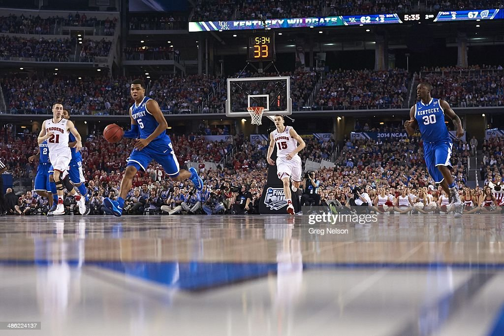 Kentucky Andrew Harrison (5) in action vs Wisconsin at AT&T Stadium. Greg Nelson X158052 TK1 R9 F45 )