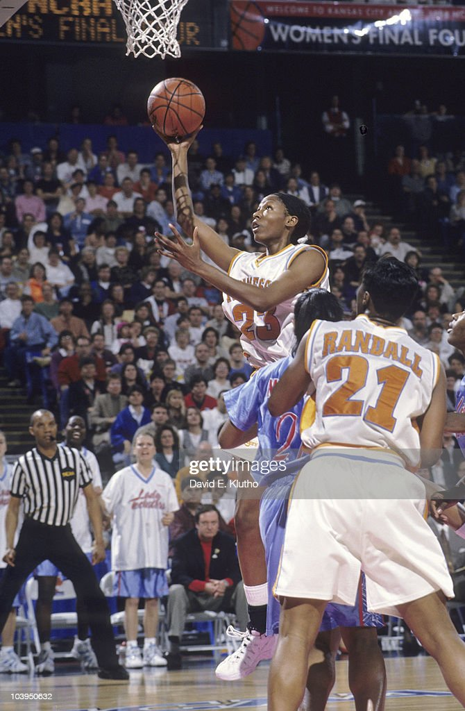 NCAA Final Four Tennessee Chamique Holdsclaw in action vs Louisiana Tech Cover Kansas City MO 3/29/1998 CREDIT David E Klutho