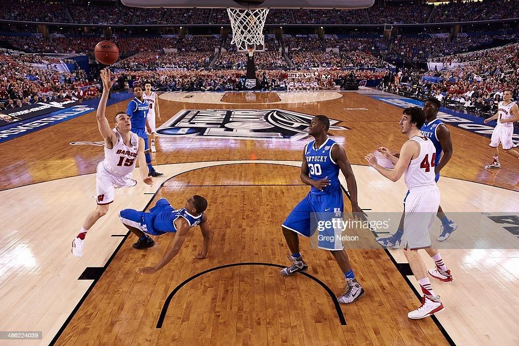 Wisconsin Sam Dekker (15) in action vs Kentucky at AT&T Stadium. Greg Nelson X158052 TK1 R11 F146 )
