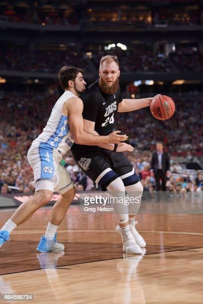 NCAA Finals Gonzaga Przemek Karnowski in action vs North Carolina Luke Maye at University of Phoenix Stadium Glendale AZ CREDIT Greg Nelson