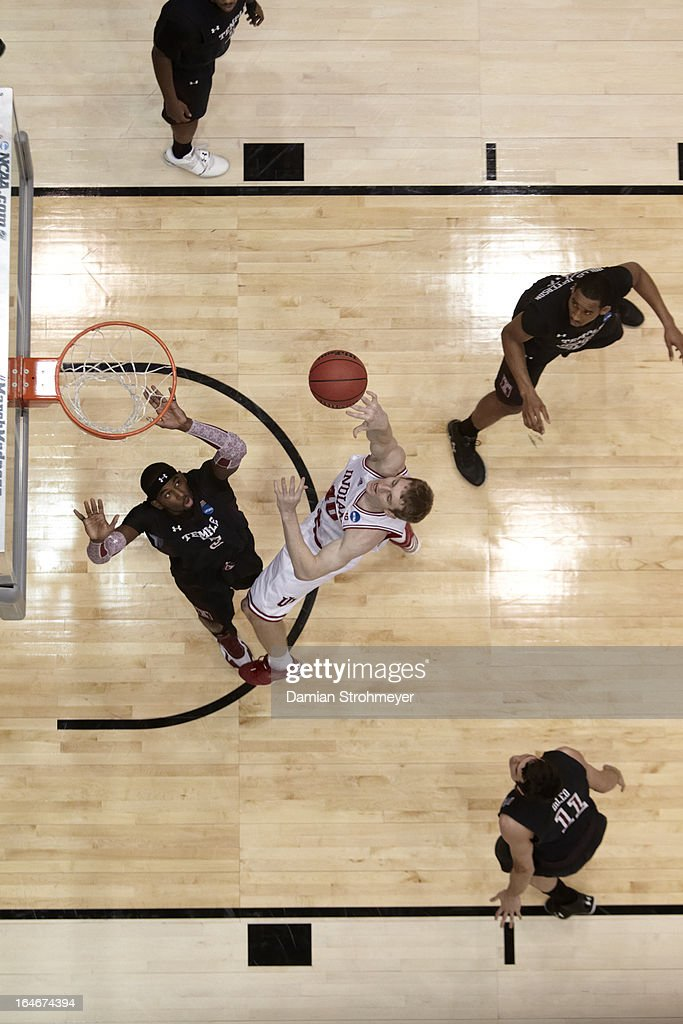 Aerial view of Indiana Cody Zeller (40) in action, shot vs Temple Anthony Lee (3) at University of Dayton Arena. Damian Strohmeyer X156305 TK2 R48 F22 )
