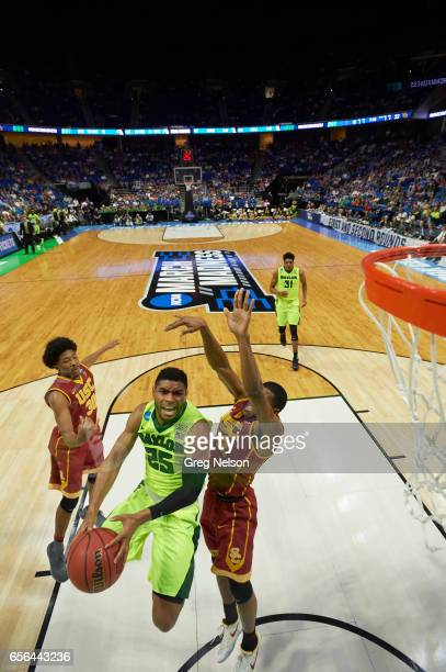 NCAA Playoffs Baylor Al Freeman in action vs USC De'Anthony Melton at BOK Center Tulsa OK CREDIT Greg Nelson