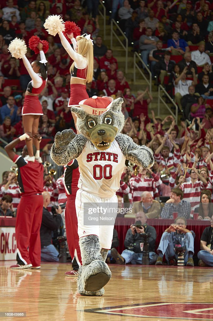 North Carolina State mascot Mr. Wuf on court during game vs Miami at PNC Arena. Greg Nelson F79 )