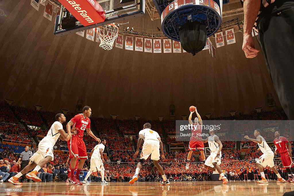 Ohio State Aaron Craft (4) in action, shooting vs Illinois at Assembly Hall. David E. Klutho F45 )