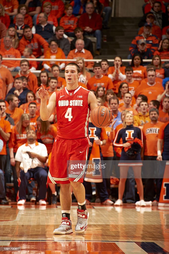 Ohio State Aaron Craft (4) in action vs Illinois at Assembly Hall. David E. Klutho F116 )