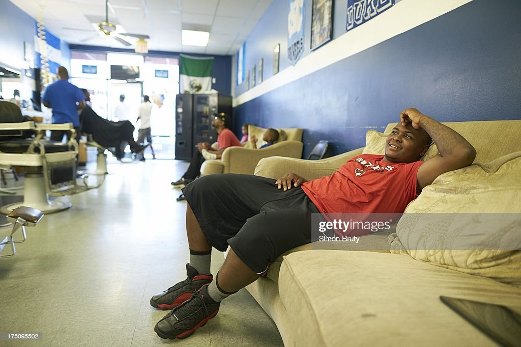 Portrait of former UNC-Wilmington player Tyree Graham at Forty Below Barber Shop. Graham, who has played at multiple colleges and high schools during his career, represents the high frequency of transfers over the last seven seasons. Simon Bruty F6 )