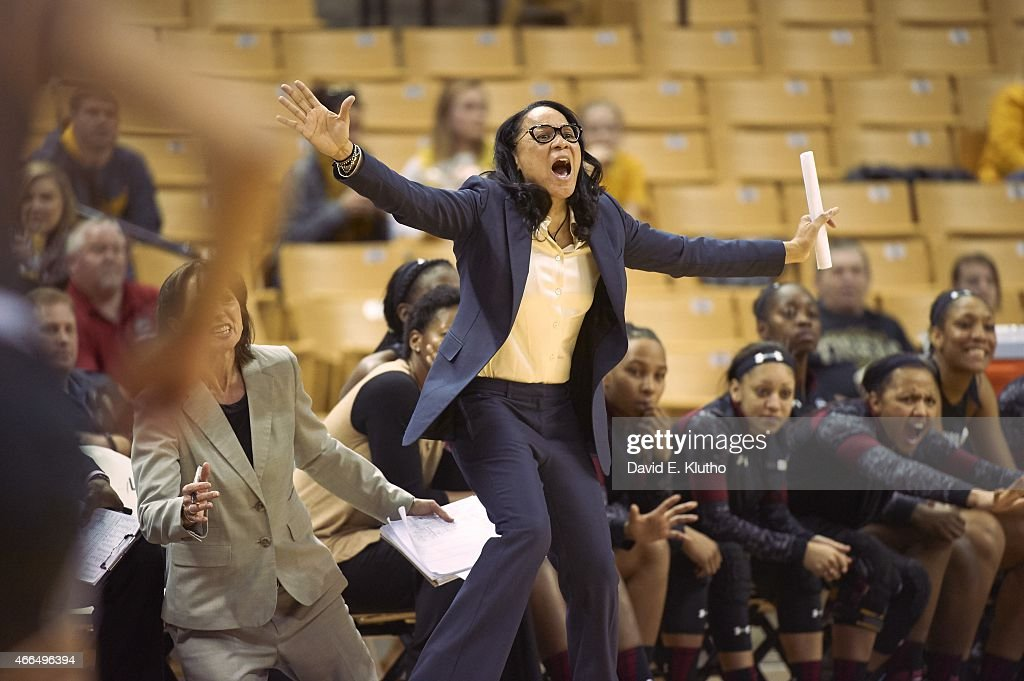 South Carolina coach <a gi-track='captionPersonalityLinkClicked' href=/galleries/search?phrase=Dawn+Staley&family=editorial&specificpeople=209196 ng-click='$event.stopPropagation()'>Dawn Staley</a> during game vs Missouri at Mizzou Arena. David E. Klutho TK1 )