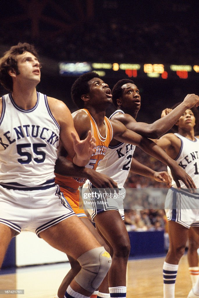Tennessee Bernard King (53) in action, boxing out vs Kentucky Jack Givens (21) at Rupp Arena. Manny Millan F10 )
