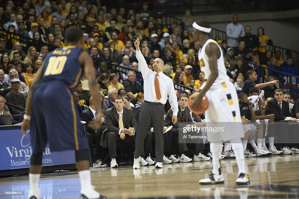 VCU coach Shaka Smart on sidelines during game vs La Salle at Verizon Wireless Arena at Stuart C. Siegel Center. Al Tielemans F162 )