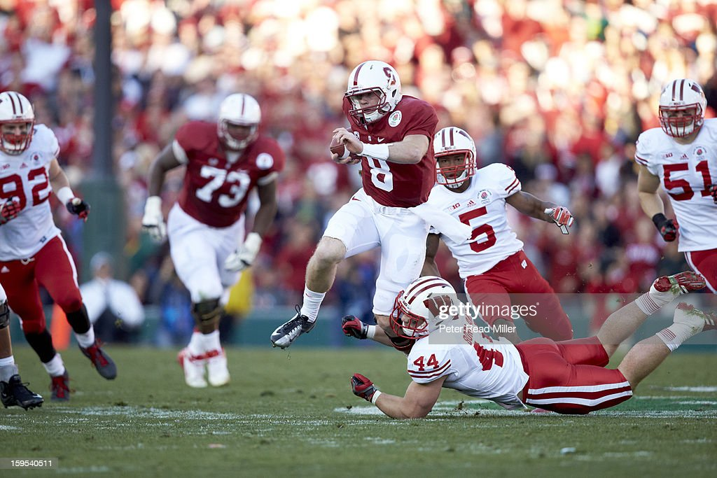 Stanford QB Kevin Hogan (8) in action vs Wisconsin at Rose Bowl. Peter Read Miller F315 )