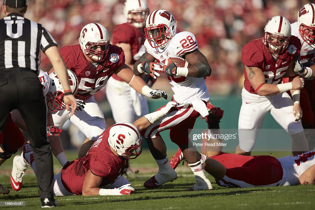 Wisconsin Montee Ball (28) in action, rushing vs Stanford at Rose Bowl. Peter Read Miller F613 )