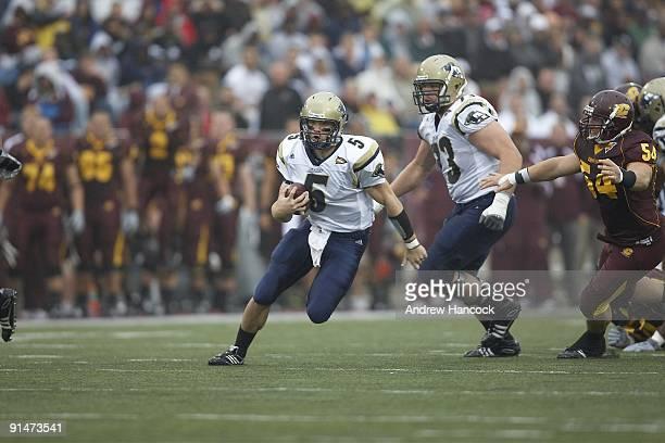 Akron QB Matt Rodgers in action vs Central Michigan Mount Pleasant MI 9/26/2009 CREDIT Andrew Hancock