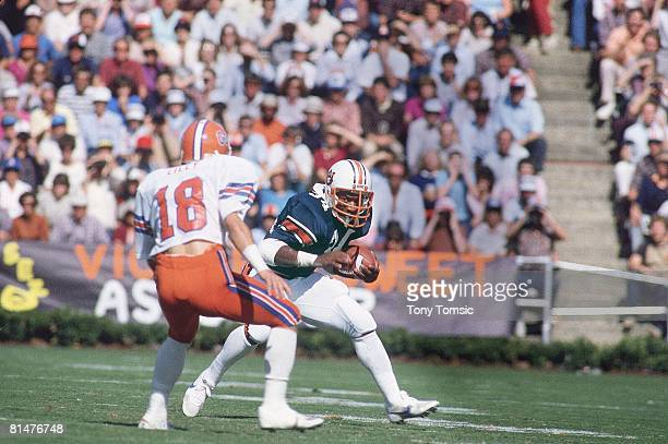 College Football Auburn Bo Jackson in action rushing vs Florida Tony Lilly Auburn AL