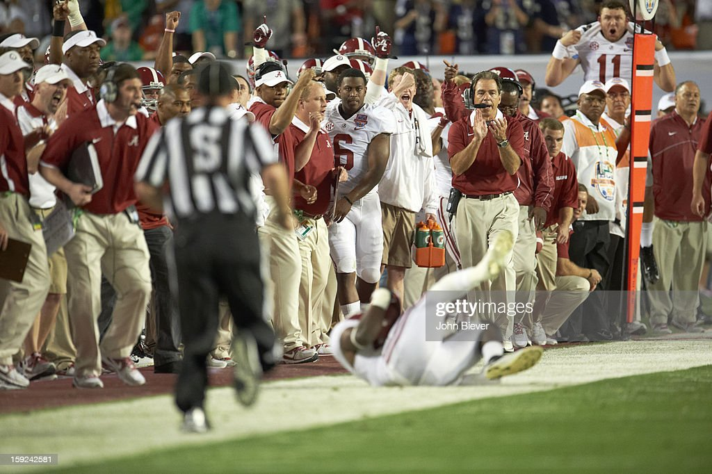 Alabama coach Nick Saban on sidelines during game vs Notre Dame at Sun Life Stadium. John Biever F16 )