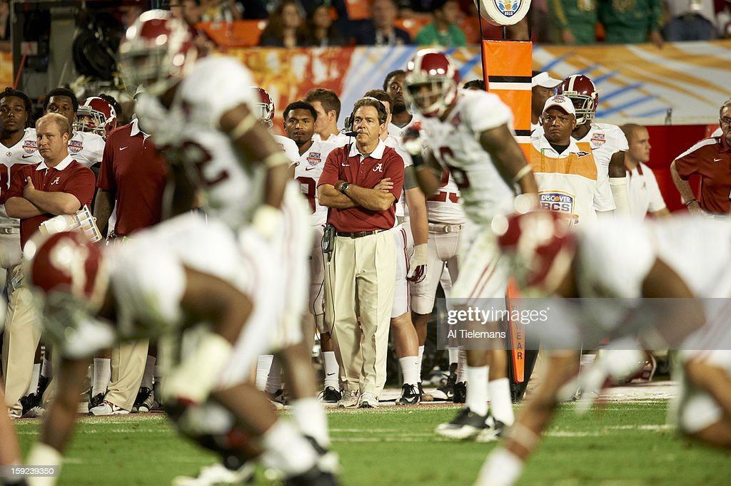 Alabama head coach Nick Saban on sidelines during game vs Notre Dame at Sun Life Stadium. Al Tielemans F59 )