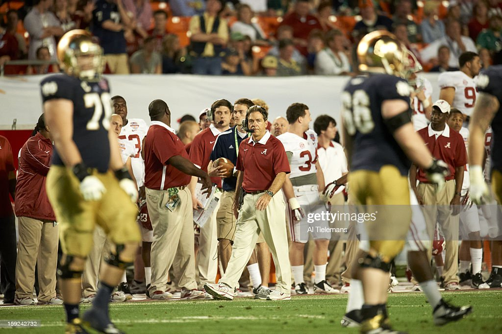 Alabama head coach Nick Saban on sidelines during game vs Notre Dame at Sun Life Stadium. Al Tielemans F4 )