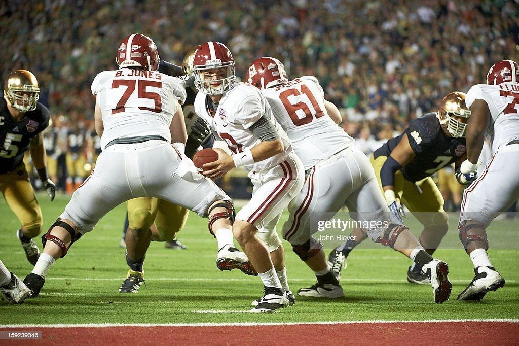 Alabama QB AJ McCarron (10) in action vs Notre Dame at Sun Life Stadium. John Biever F25 )