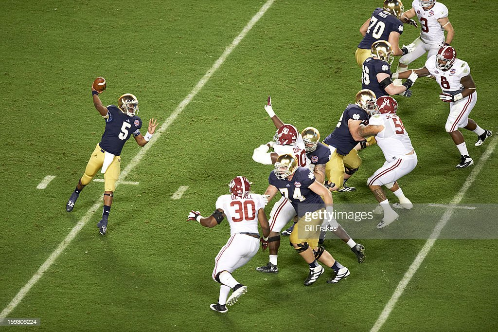 Notre Dame QB Everett Golson (5) in action, passing vs Alabama at Sun Life Stadium. Bill Frakes F57 )