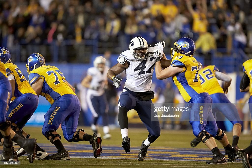 BYU Ezekiel Ansah (47) in action vs San Jose State Jon Meyer (79) at Spartan Stadium. Jed Jacobsohn F619 )