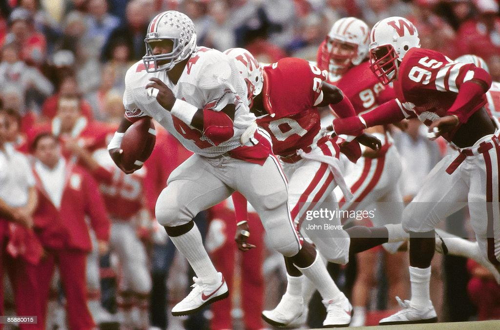 Ohio State Keith Byars in action rushing vs Wisconsin Madison WI CREDIT John Biever