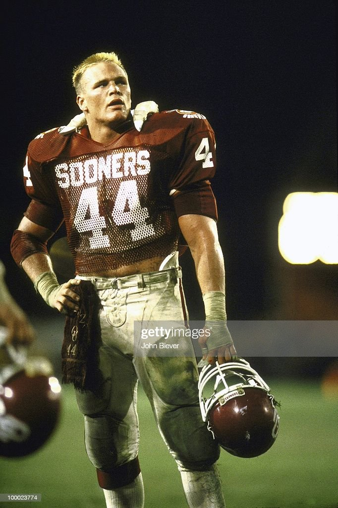 Oklahoma Brian Bosworth (44) on sidelines during game vs Penn State. Miami, FL 1/1/1986