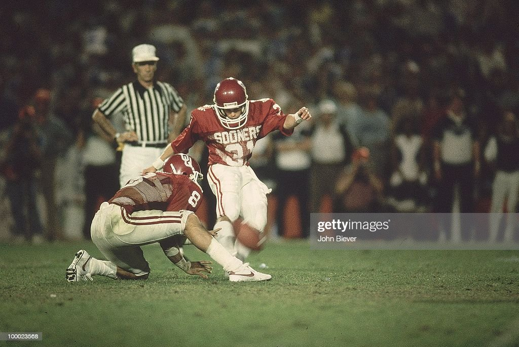 Oklahoma Tim Lashar (31) in action, field goal kick vs Penn State. Miami, FL 1/1/1986