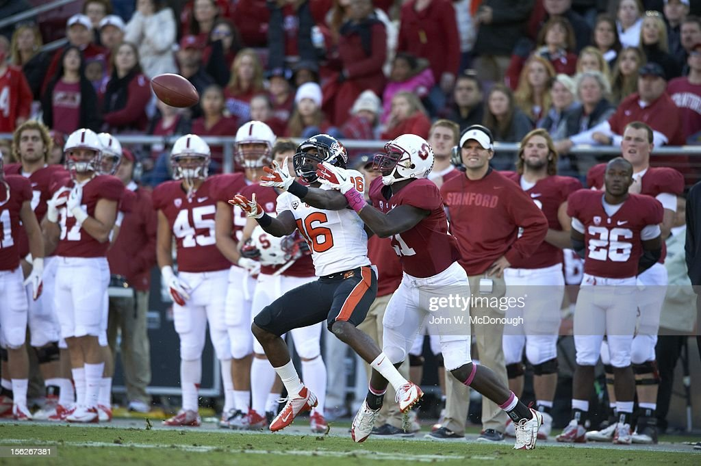 Oregon State Rashaad Reynolds (16) in action defense vs Stanford at Stanford Stadium. John W. McDonough F491 )