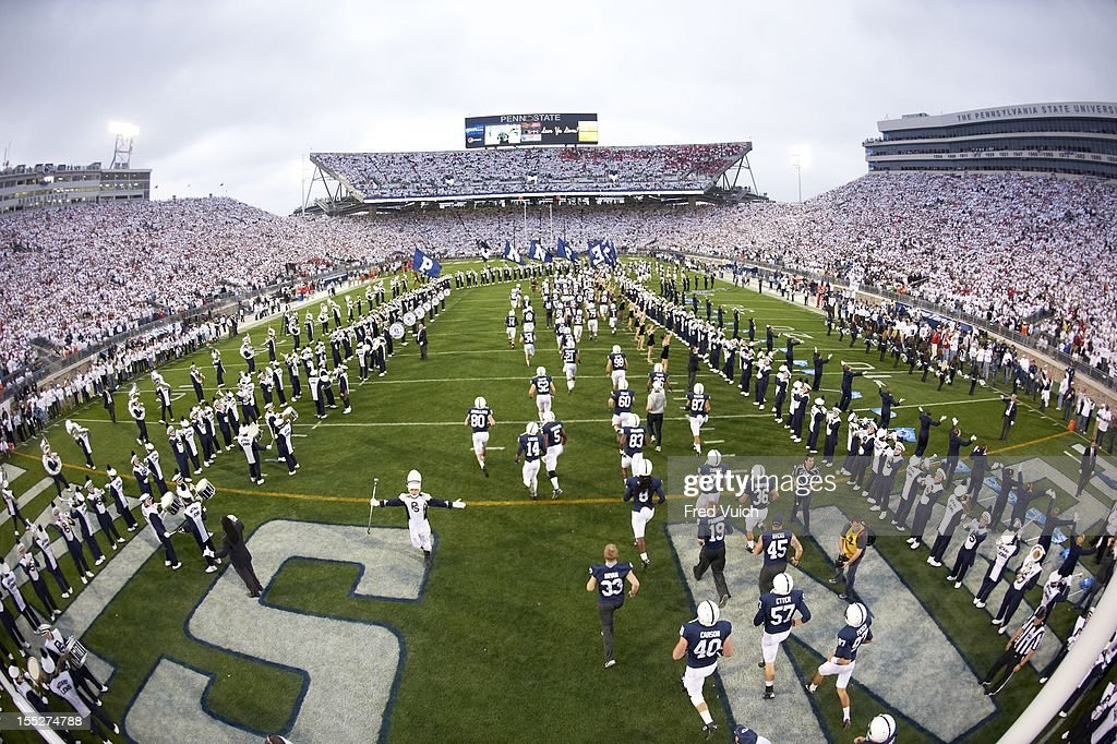 Overall view of Beaver Stadium as Penn State players take field before game vs Ohio State. Fred Vuich F44 )