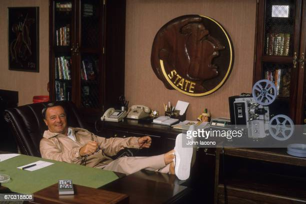 Portrait of Florida State Bobby Bowden in his office with legs on desk Tallahassee FL CREDIT John Iacono