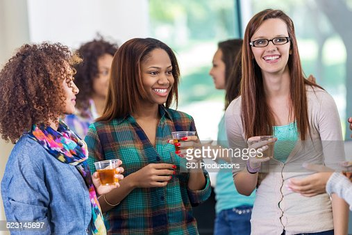 centre single hispanic girls The amwf social network is a online community for asian guys and white girls, black girls, hispanic girls, asian girls, etc our focus is to foster friendship or relationship between asian.
