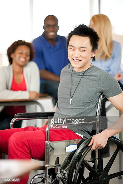 College student para silla de ruedas