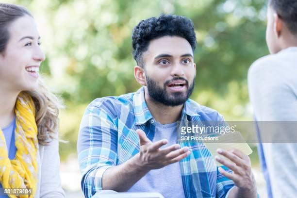 College student participeert in de studiegroep
