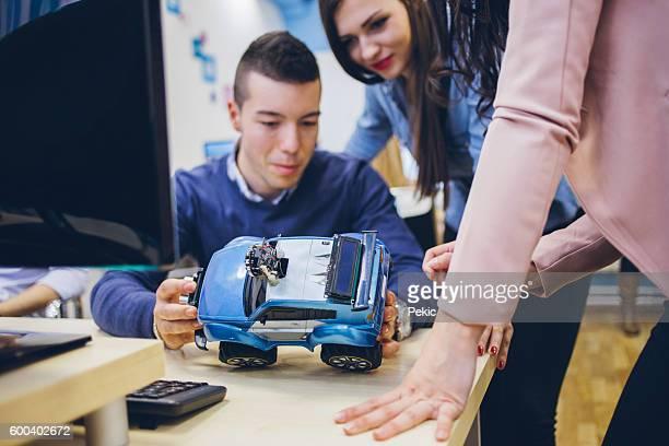 College Students Building a Robotic Car