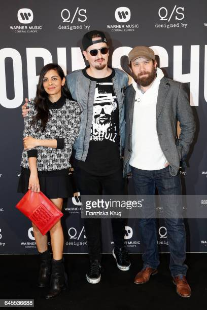 Collien UlmenFernandes Robin Schulz and Christian Ulmen attend the 'Robin Schulz The Movie' world premiere at Cinemaxx on February 24 2017 in Hamburg...