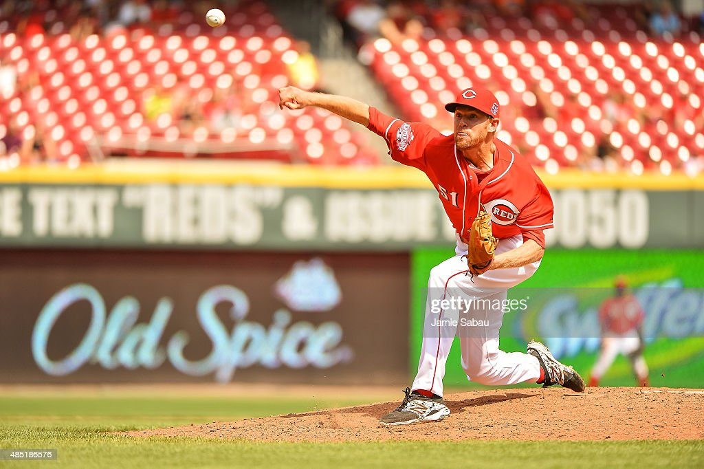 <a gi-track='captionPersonalityLinkClicked' href=/galleries/search?phrase=Collin+Balester&family=editorial&specificpeople=4424735 ng-click='$event.stopPropagation()'>Collin Balester</a> #51 of the Cincinnati Reds pitches against the Arizona Diamondbacks at Great American Ball Park on August 23, 2015 in Cincinnati, Ohio.