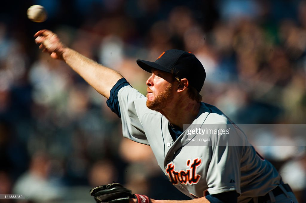 <a gi-track='captionPersonalityLinkClicked' href=/galleries/search?phrase=Collin+Balester&family=editorial&specificpeople=4424735 ng-click='$event.stopPropagation()'>Collin Balester</a> #31 of the Detroit Tigers pitches during the game against the Detroit Tigers at Yankee Stadium on April 29, 2012 in the Bronx borough of New York City.