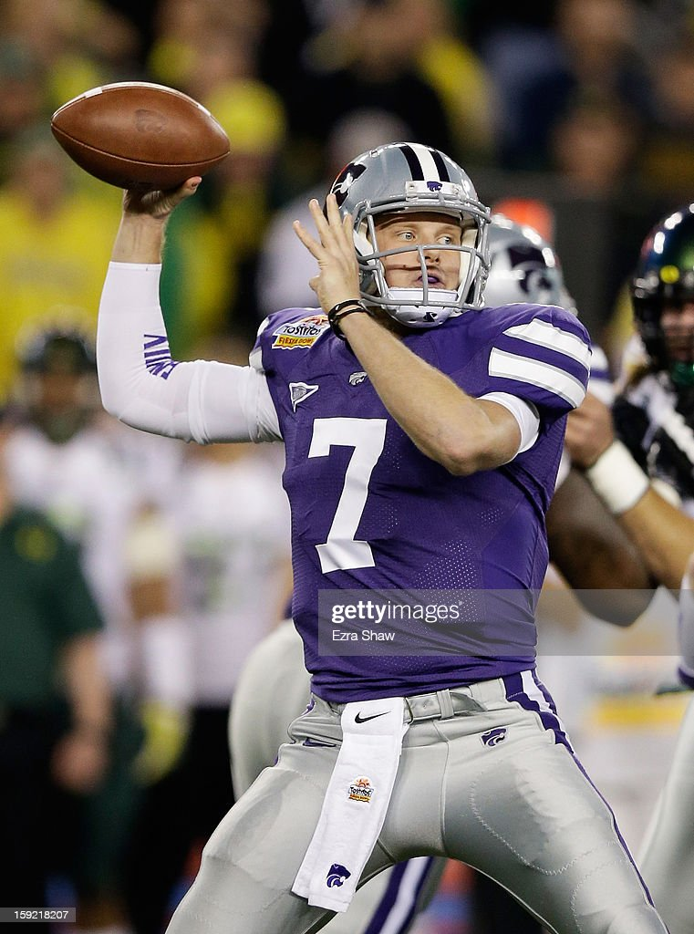 Collin Klein #7 of the Kansas State Wildcats drops back to pass against the Oregon Ducks during the Tostitos Fiesta Bowl at University of Phoenix Stadium on January 3, 2013 in Glendale, Arizona.