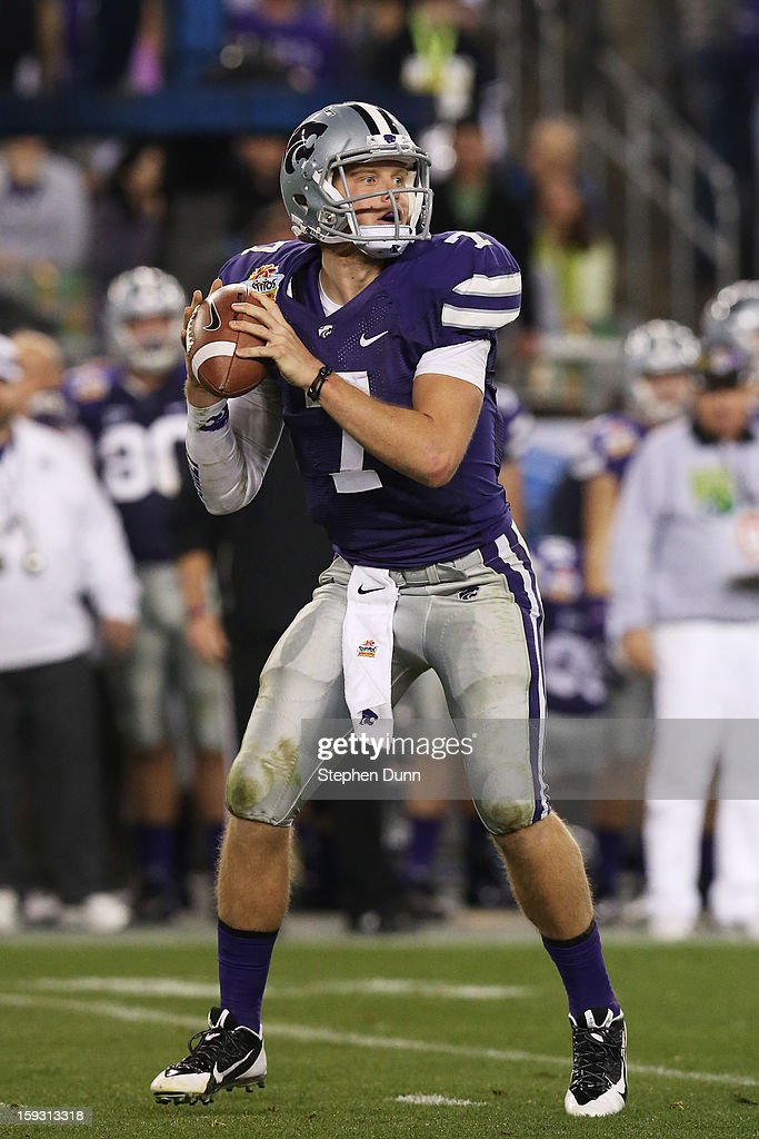 Collin Klein #7 of the Kansas State Wildcats looks to pass against the Oregon Ducks during the Tostitos Fiesta Bowl at University of Phoenix Stadium on January 3, 2013 in Glendale, Arizona.