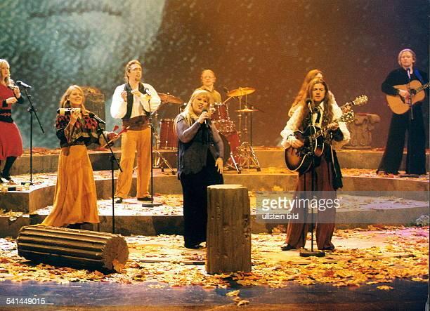 COLMusikgruppe Irlandbei einem Konzert2000