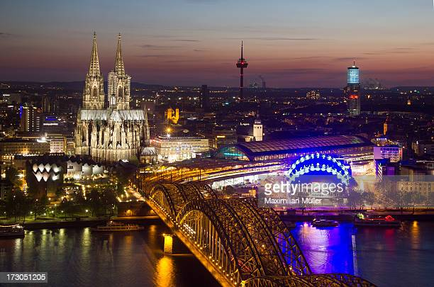 Cologne at night / Köln bei Nacht
