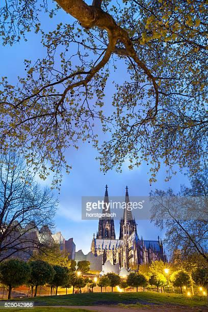 Kölner Dom in der Nacht, Deutschland