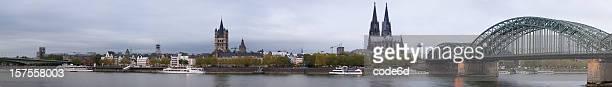 Köln frühen Morgen skyline XXXL panorama, den Rhein und den Dom