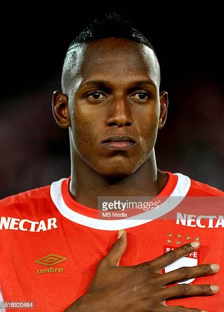 Colombia League Liga Aguila 20152016 Club Independiente Santa Fe Colombia / Yerry Fernando Mina Gonzalez
